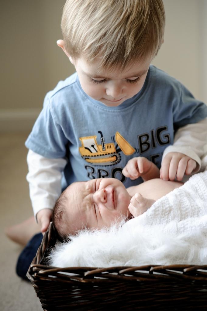 cute baby photos,Lehigh Valley children photographer,Bucks county family photographer,Doylestown portrait photograhy,modern family portraits